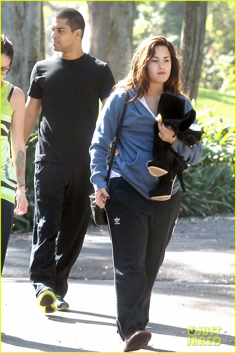 demi lovato boyfriend wilmer valderrama photos all about