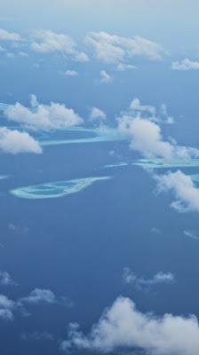 Atolones de Maldivas desde el aire