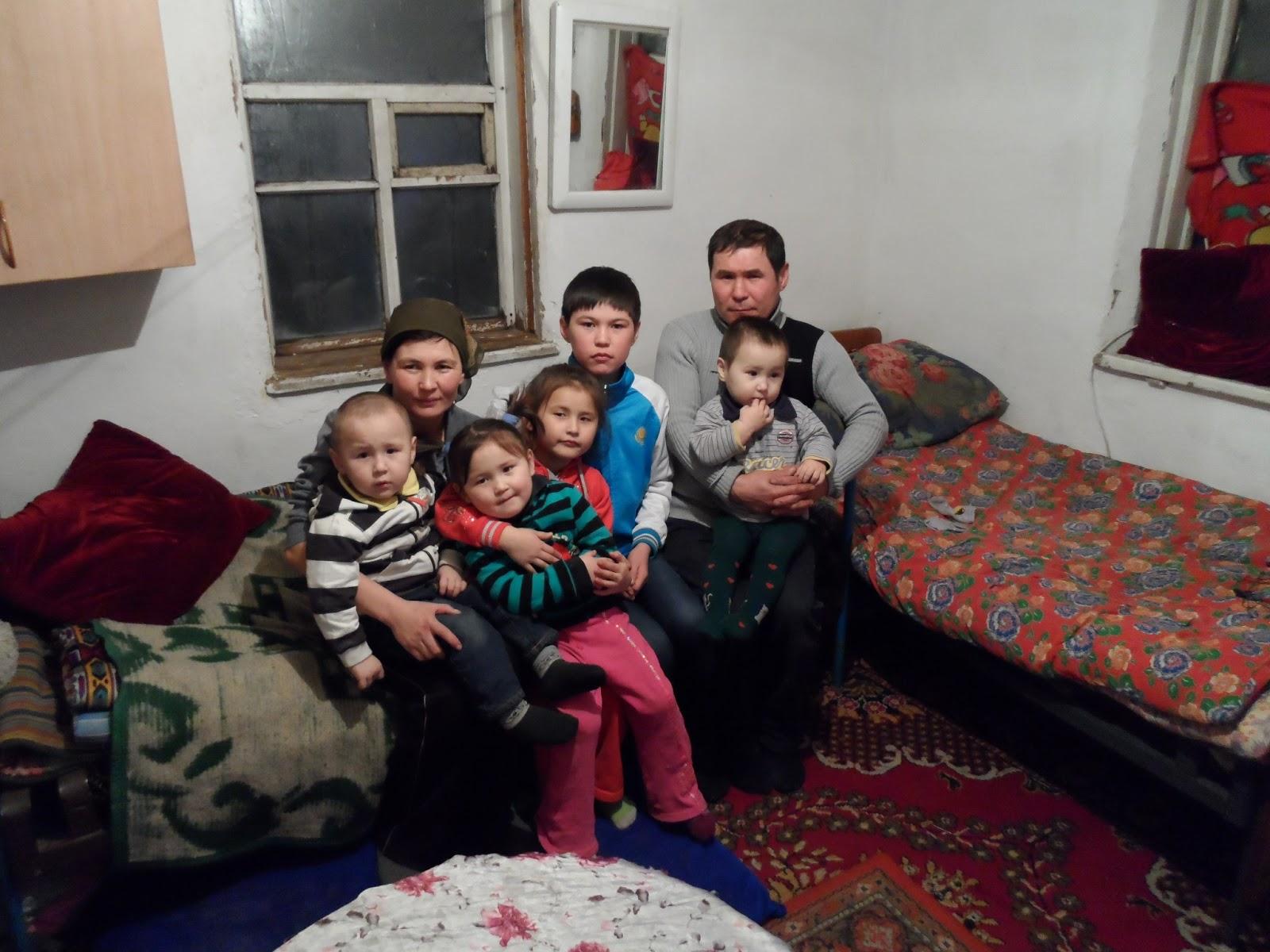 unterwegs in zentralasien astana prachtvoller prunk und. Black Bedroom Furniture Sets. Home Design Ideas