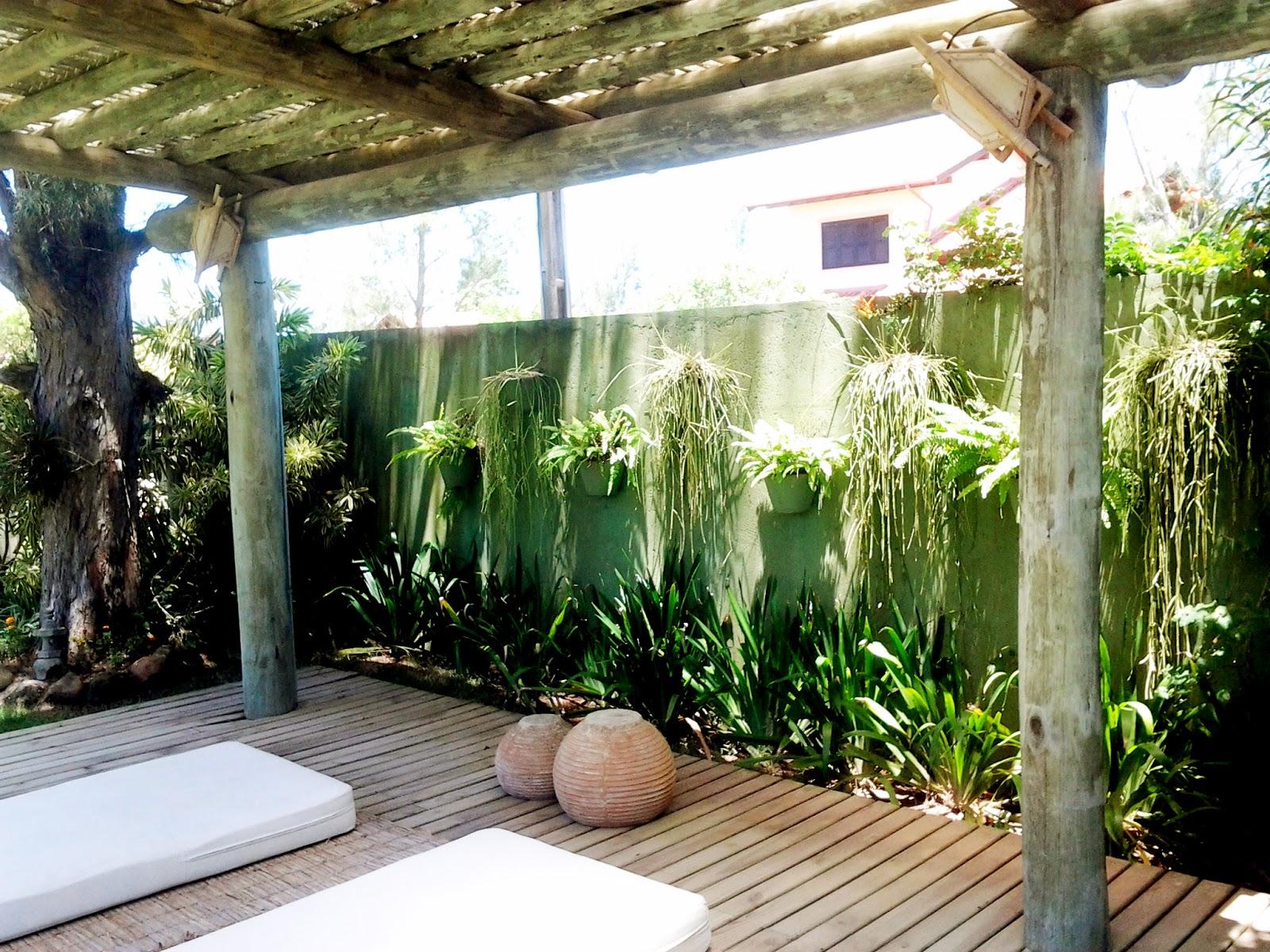 jardim vertical externo:TERRA PRETA = Paisagismo+Projetos+Manutenção de Jardins: Trabalhos