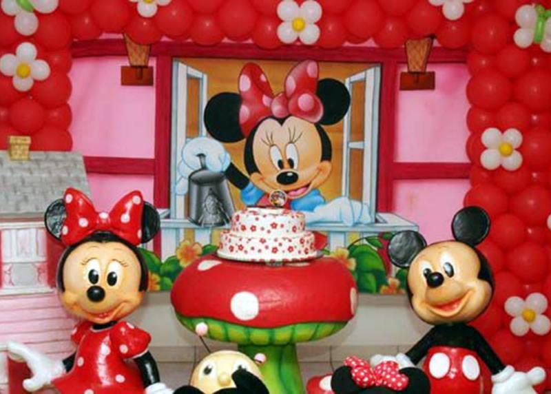 Fiesta Temática con Globos de Minnie Mouse - Birthday Party
