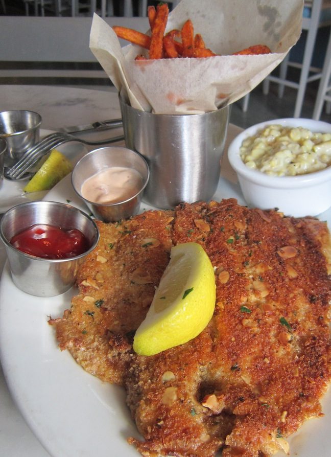 Melissa good taste lure fish house ventura ca for Lure fish house ventura