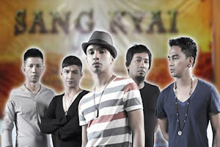 Download Lagu Ungu - Bila Tiba (Ost.Sang Kiai) Mp3