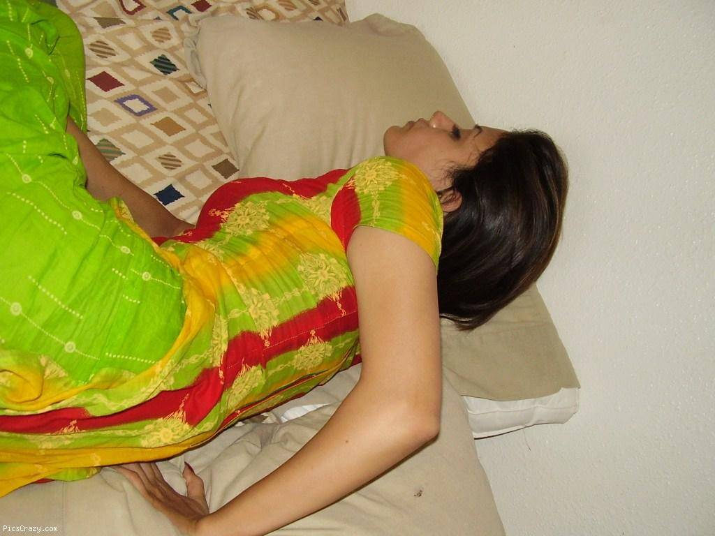 Pakistani House Wives Photo, Real Aunties Photo,Pakistani