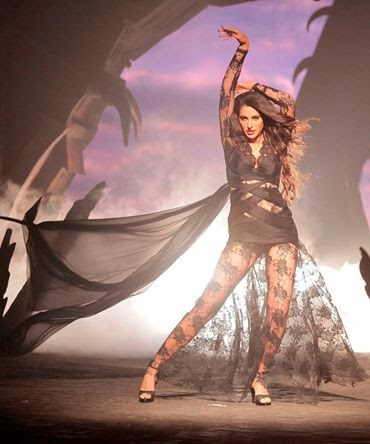 Exclusive images of Nargis Fakhri from Kick's song- DEVIL