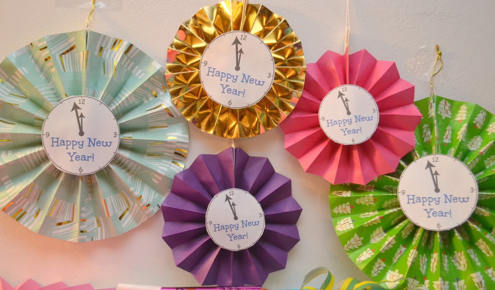 new year 39 s paper fan clock decorations a nye party building our story. Black Bedroom Furniture Sets. Home Design Ideas