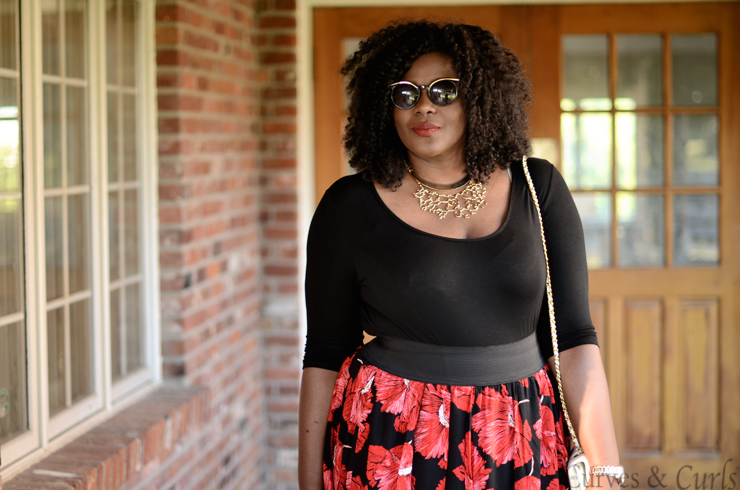 Scarlett & Jo 2 in 1 dress from the summer romance collection , available at #EVANS. #plussize #dresses #mycurvesandcurls #curlyhair