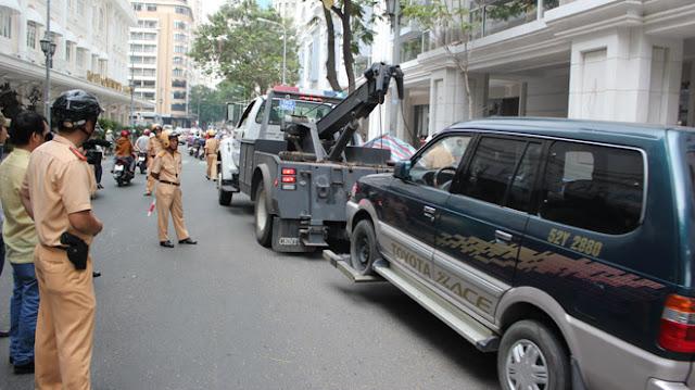 Mức phạt cho ô tô dừng đỗ không đúng nơi quy định