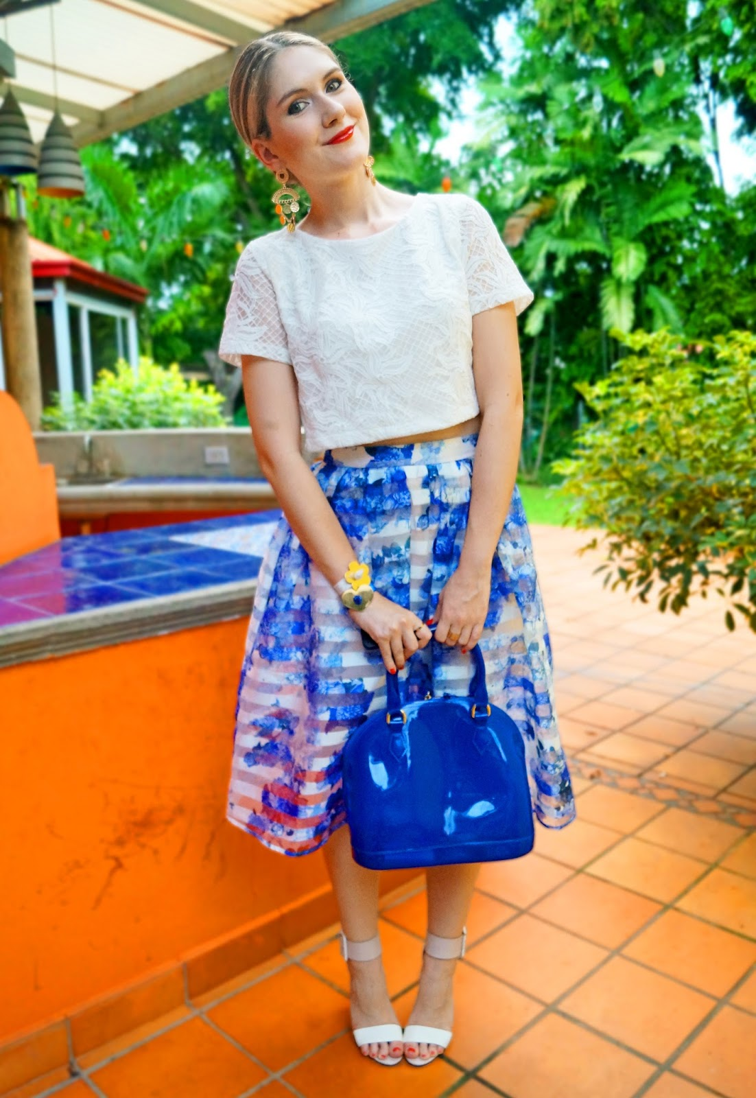 Floral skirt and white crop top for Summer