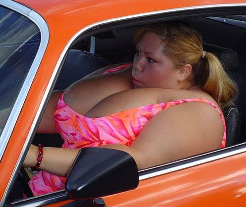 fat_chick_​car