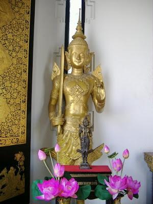 Phra Siam Tewa Thirach Model