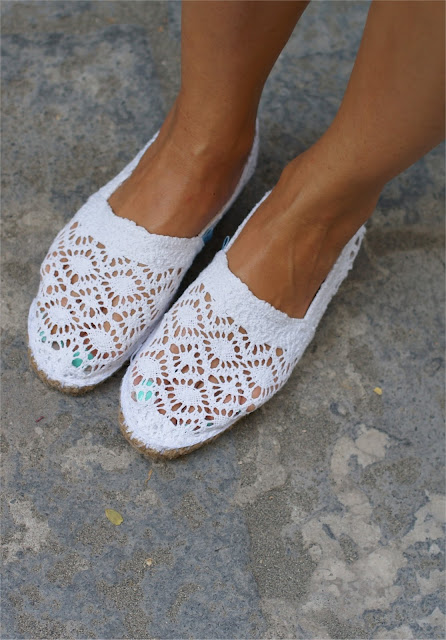 white lace espadrillas, behobie espadrillas, Fashion and Cookies, fashion blog