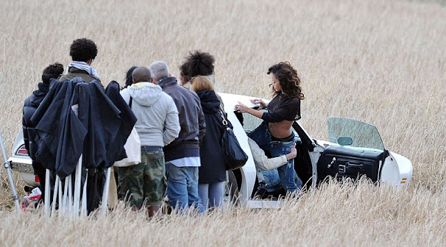 "Rihanna on ""We Found Love"" Music Video Set in Belfast"