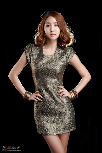 Bang Eun Young in Golden Dress