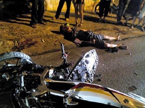 Gia Lai: Hai xe máy đối đầu trực diện, 2 người chết, 1 bị thương