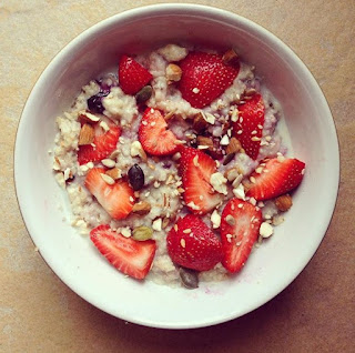 Delicious and creamy strawberry and blueberry oatmeal
