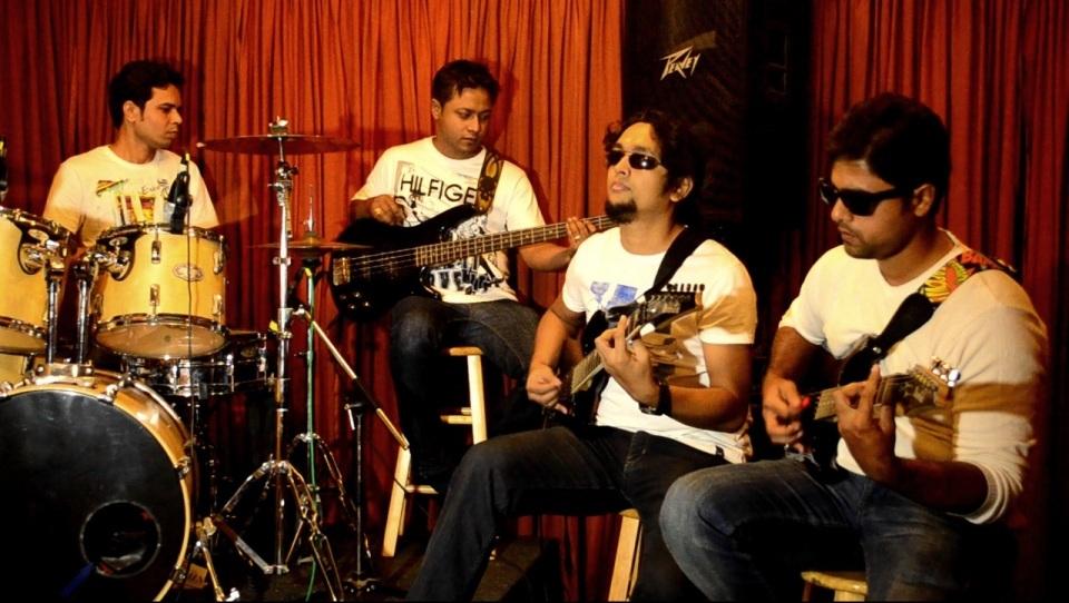 Vicky Mahanta, Pankaj Rajkhowa, Jim Ankan Deka and Pratik Nalawade (Eastern Fare)