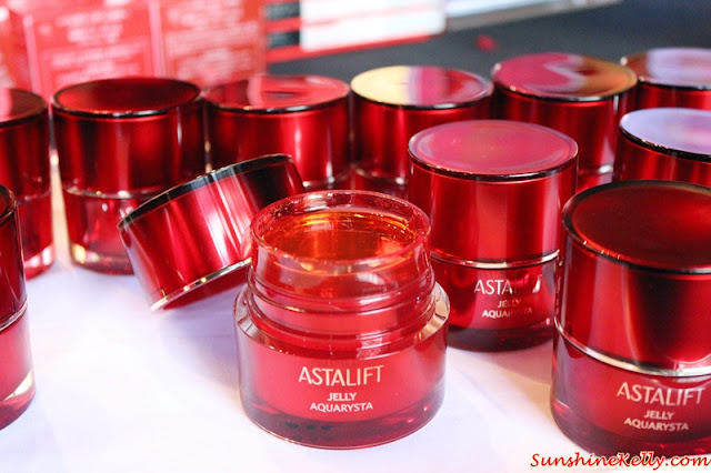 New ASTALIFT Jelly Aquarysta Review, ASTALIFT Jelly Aquarysta, Beauty Review, Astalift, premium anti aging skincare, ceramide, nano astaxanthin, human type nano acyl ceramide, anti aging jelly