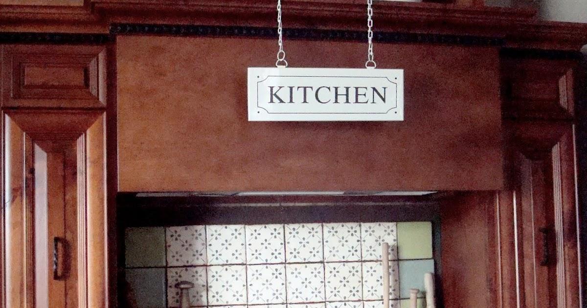House Of Chic And Penoche Non Permanent Kitchen Backsplash