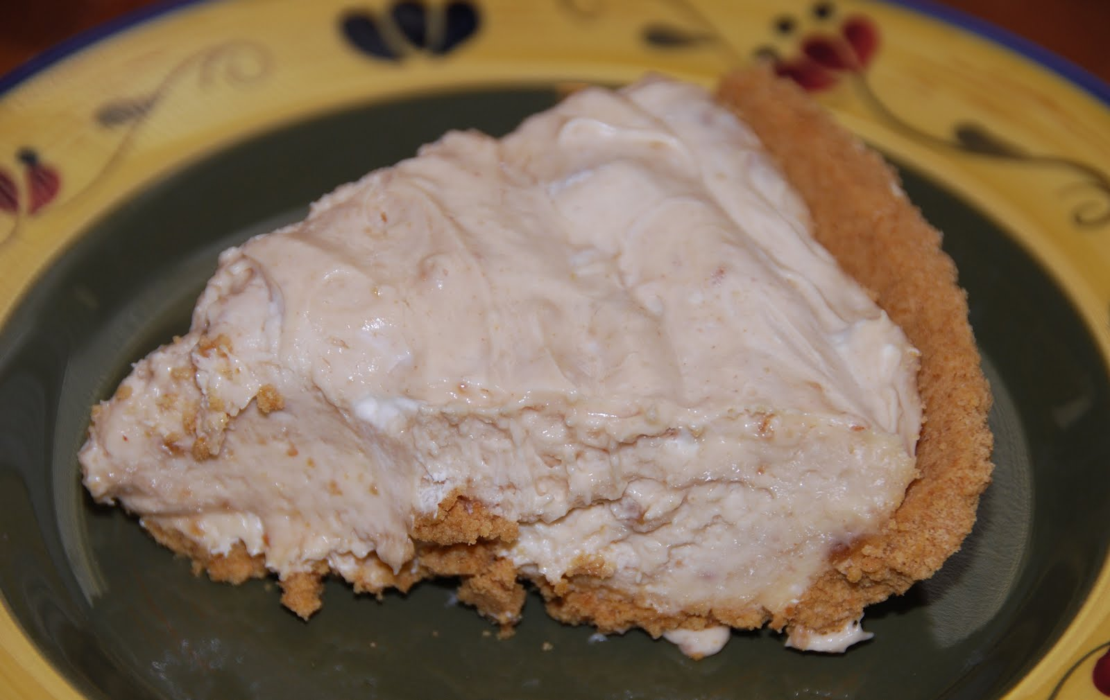 All Things Crafty!: No Bake Peanut Butter Pie