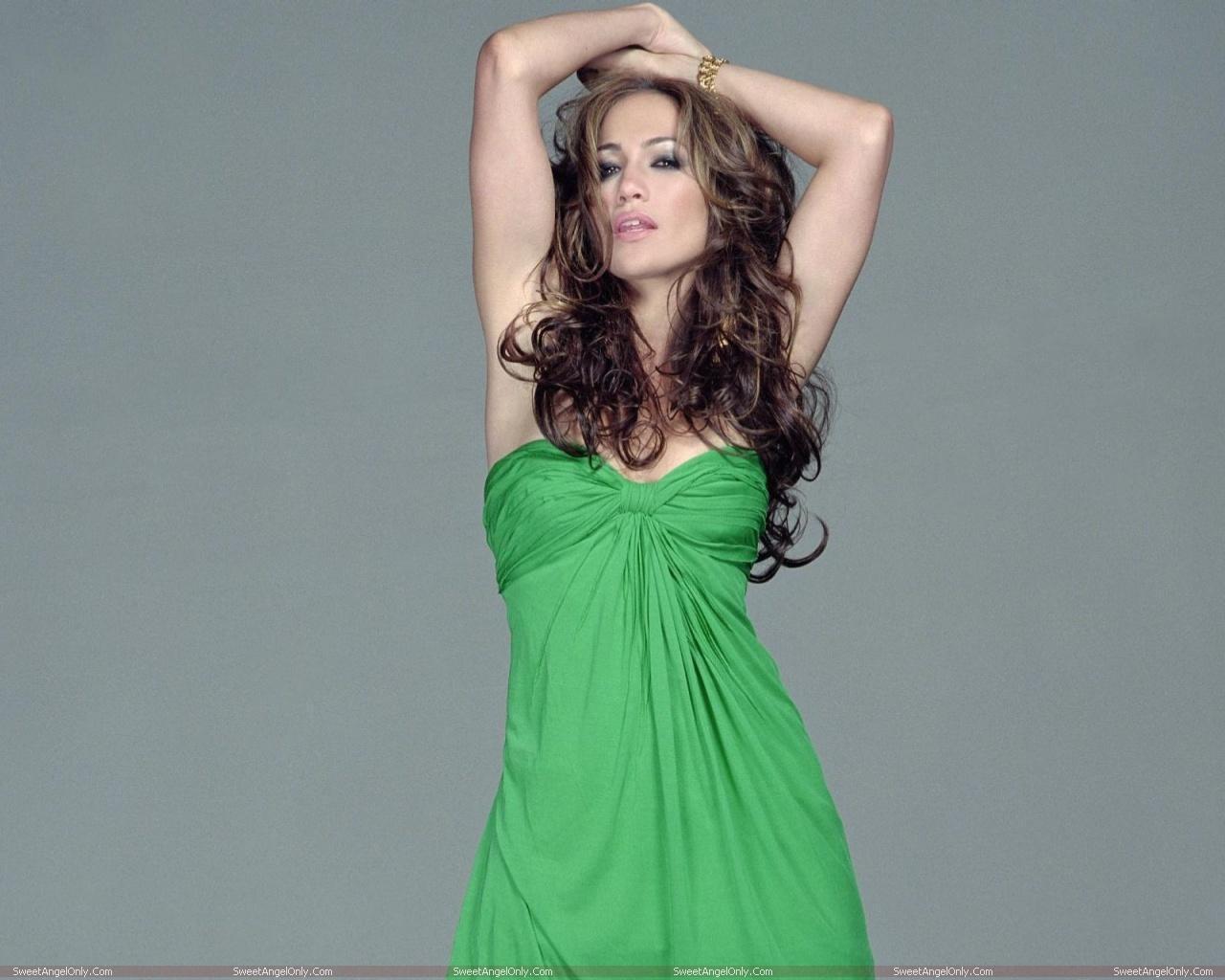 http://1.bp.blogspot.com/-VHafXNlow0w/TWjnCogI9mI/AAAAAAAAE1M/9SIi8tfc2Lk/s1600/actress_jennifer_lopez_hot_wallpapers_08.jpg