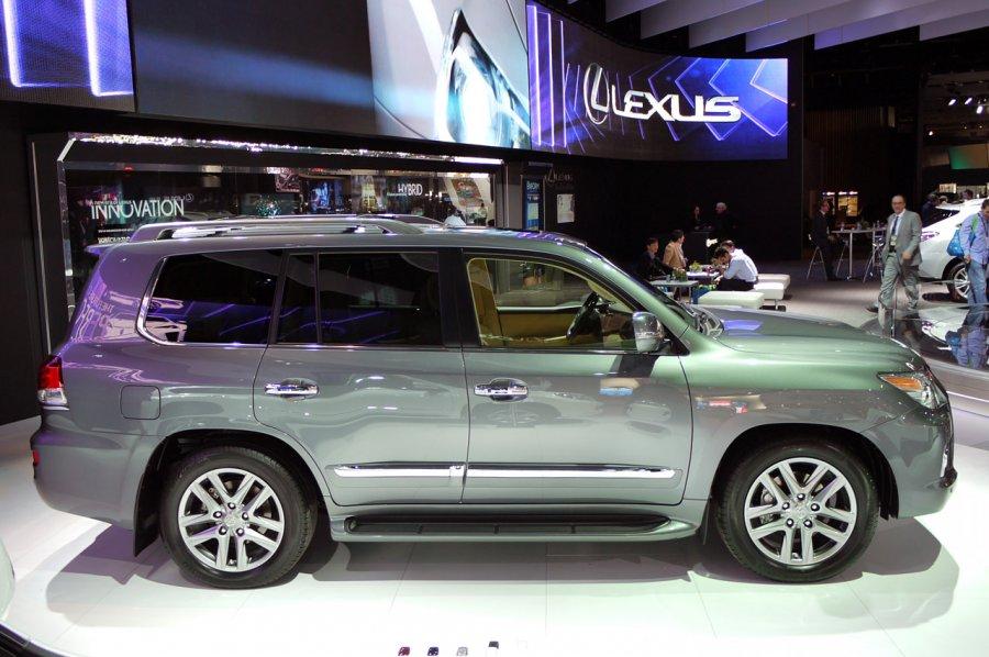 2013 lexus lx suv updated garage car. Black Bedroom Furniture Sets. Home Design Ideas