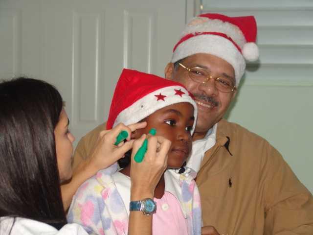FREDOCO ofrece agasajo de navidad a niños sordos del Instituto Santa Rosa.