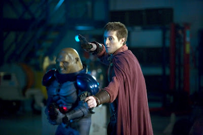 Dr Who, A Good man Goes to War, Rory and Commander Strax