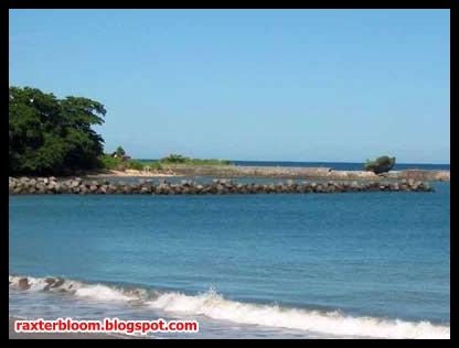 5 Pantai Paling Indah di Daerah Barat Pulau Jawa - raxterbloom.blogspot.com