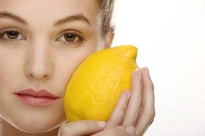Cara Alami Menghilangkan Flek Hitam Dengan Buah-buahan