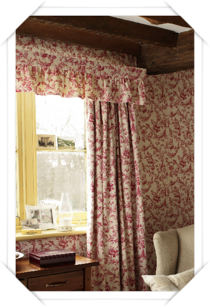 les petits c t s de rose laura ashley un style. Black Bedroom Furniture Sets. Home Design Ideas