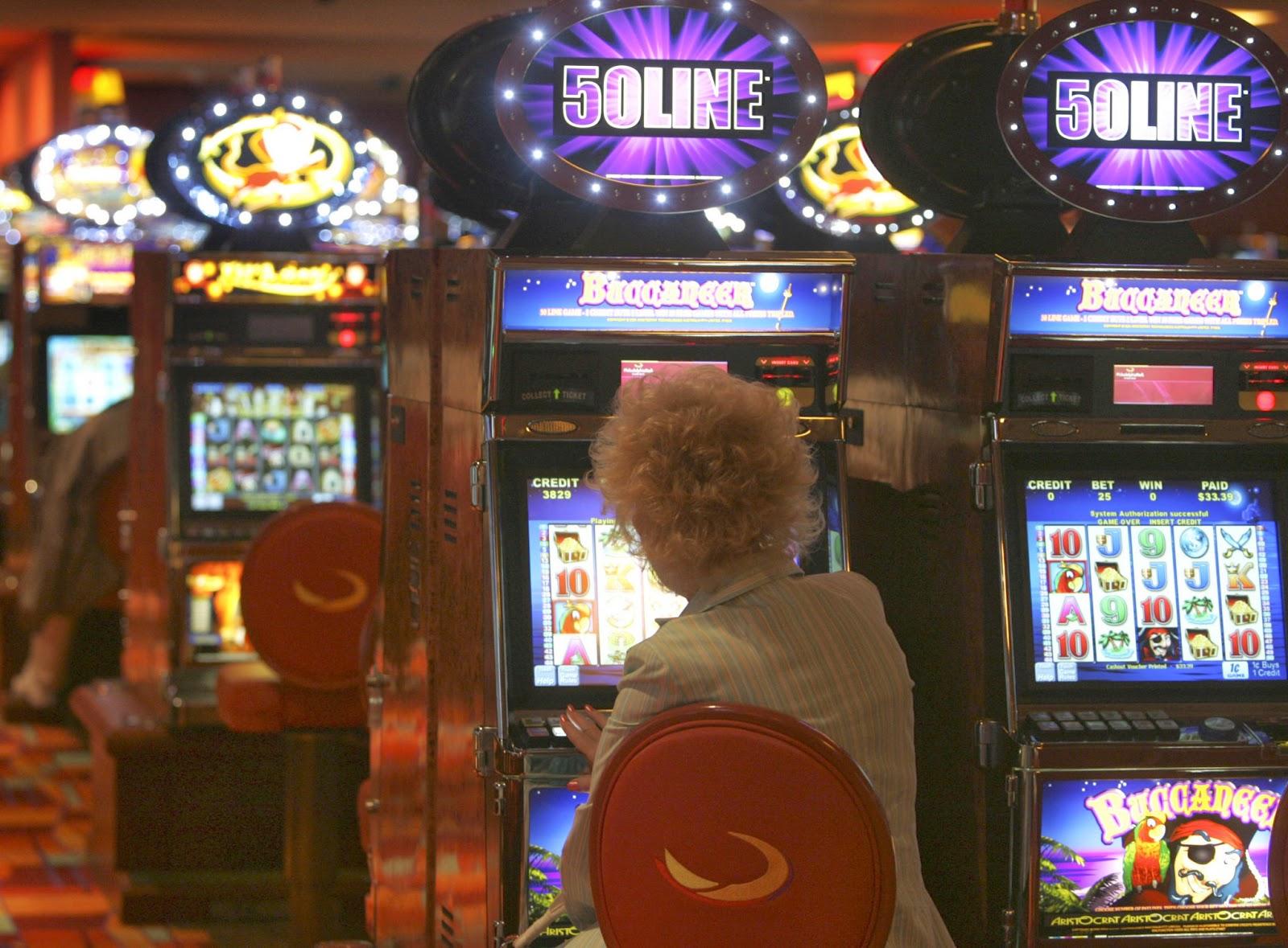Free casino slot machine games online