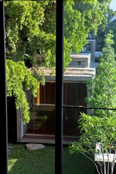 renovasi-wajah-baru-arsitektur-bangunan-rumah-toko-kuno-013