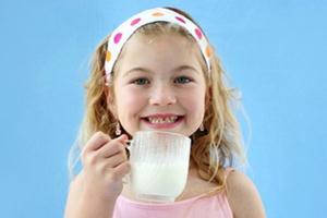 Manfaat Susu untuk Kesehatan Anak