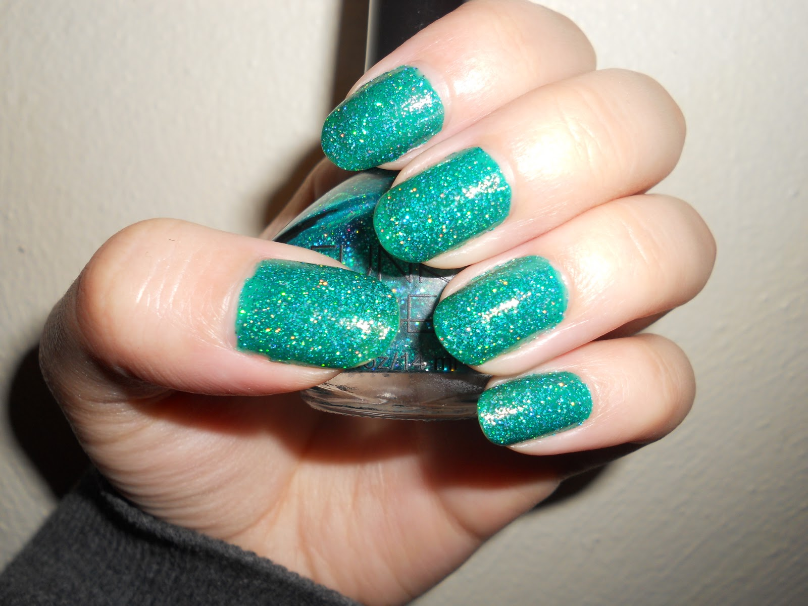 The Nail Polish Rehab Candidate: Funky Fingers Tinsel Town