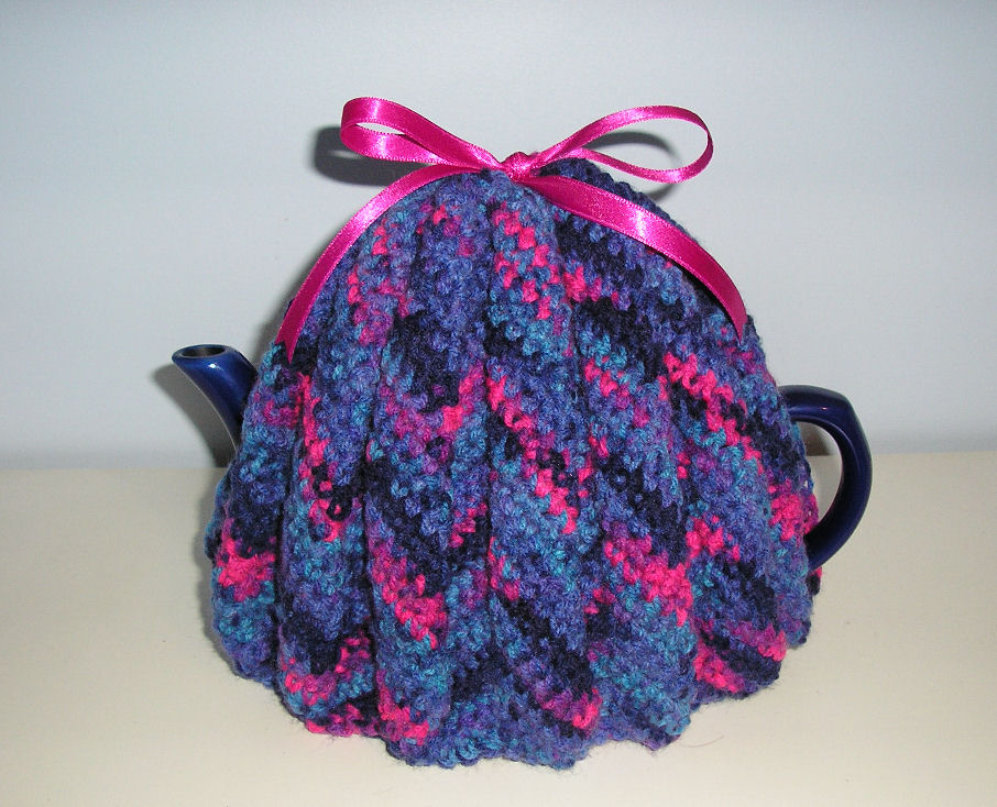 Easy Tea Cosy Knitting Pattern Free : April   2012   Crochet Club