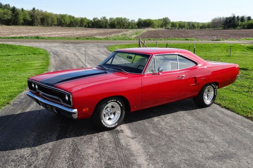 1970 Road Runner Red