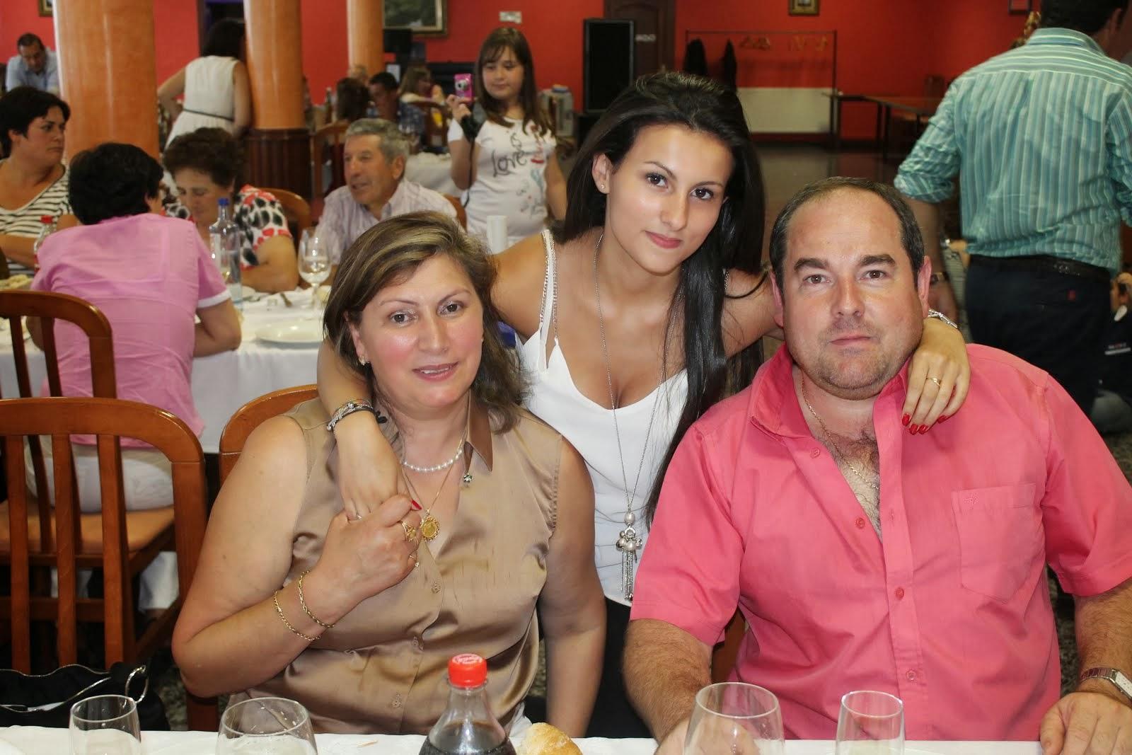 Mis primos Sara Sandra y Marcial