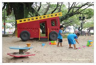 singapore playgrounds