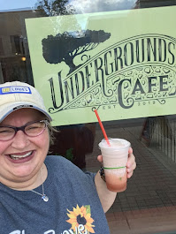 2019, Undergrounds Cafe, Hibiscus Mint Frozen Chai, Wooster, Oh
