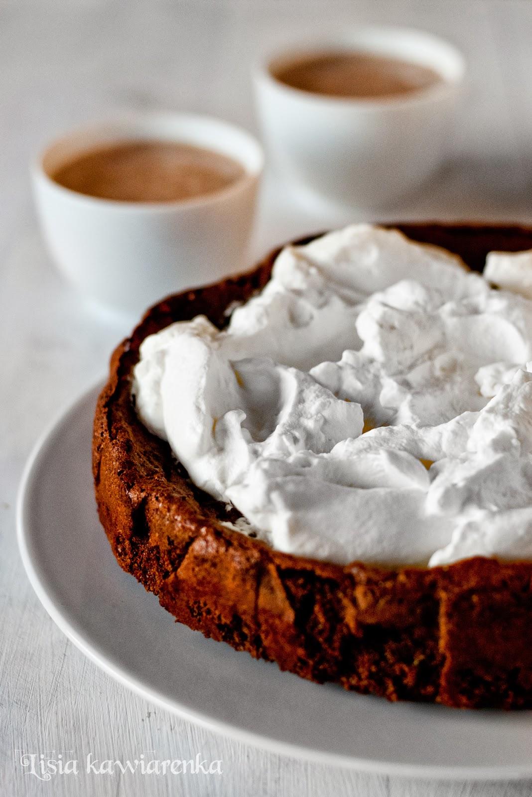 Wilgotne ciasto czekoladowe bez mąki