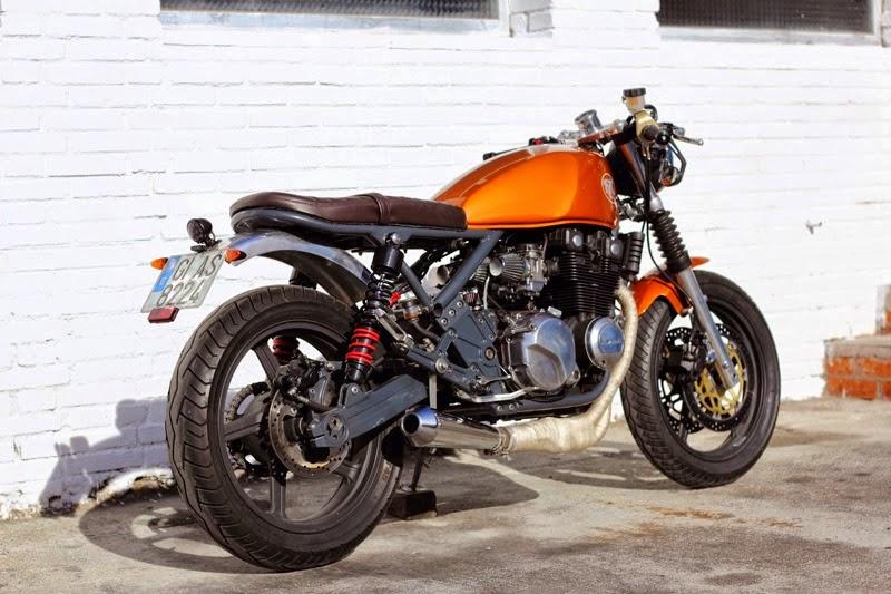 Kawasaki Zephyr 550 Cafe Racer