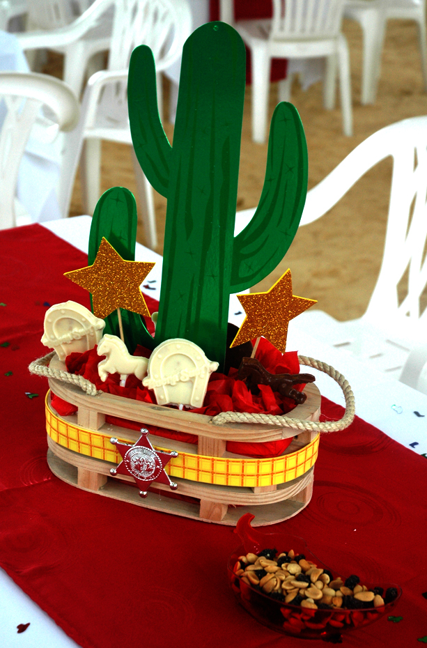 Centros de mesa mexicanos for Decoracion mesas fiestas
