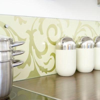 Decora con papel tapiz tu cocina decoraciones cocinas - Papel para paredes de cocina ...