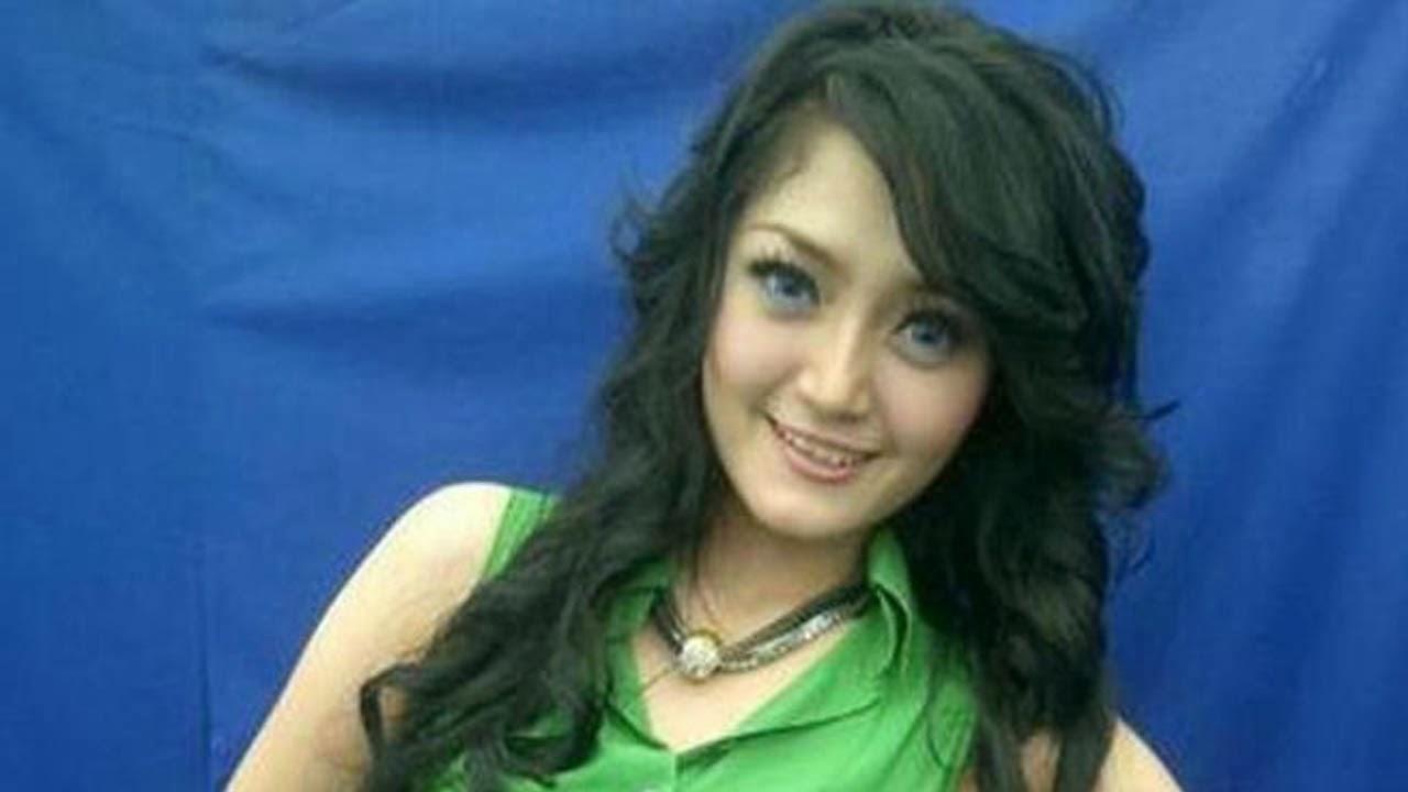 galeri foto siti badriah artis penyanyi dangdut part 2