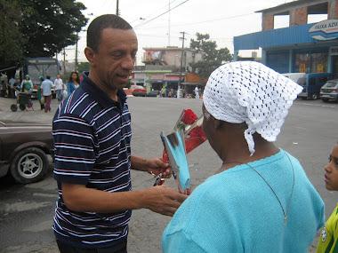 Entrega de Rosas no dia das Mães 2010