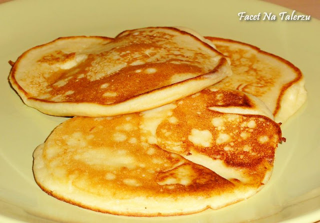 Kremowe pancakes z ricotty