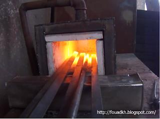 طريقة صنع فرن محلي الصنع لتشكيل وزخرفة الحديد المشغول
