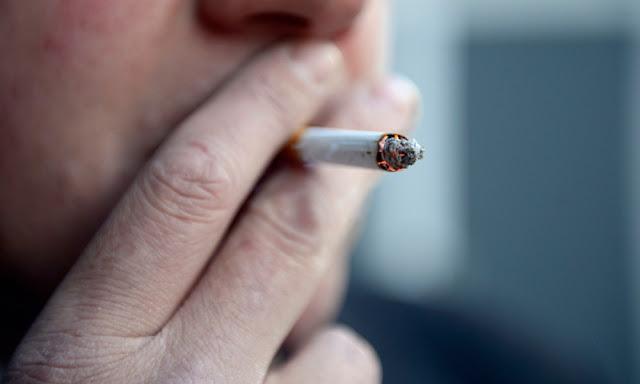 Cara Tepat Membuat Pacar Anda Berhenti Merokok