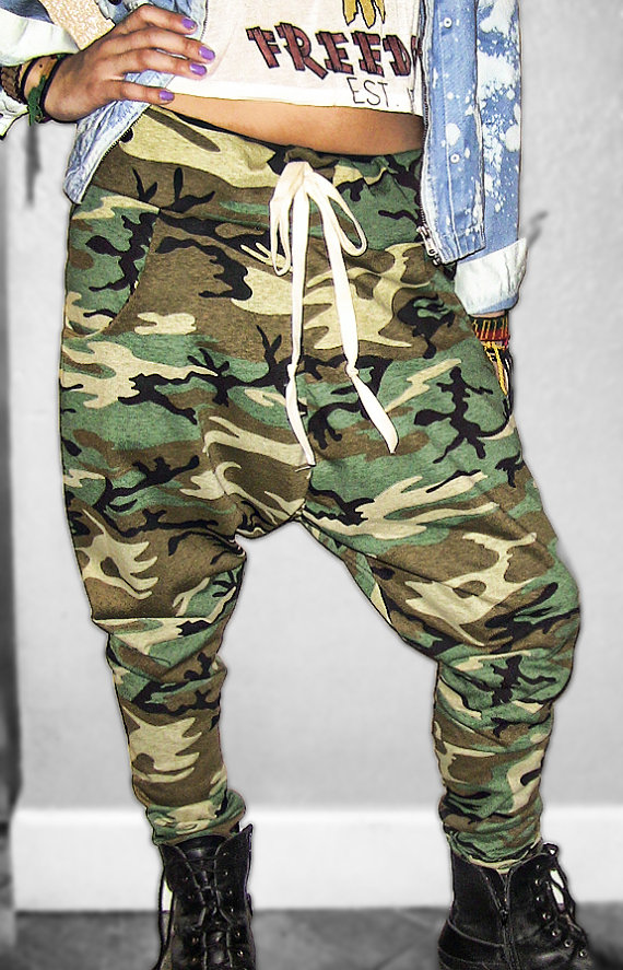View, comment, download and edit camo pants Minecraft skins.